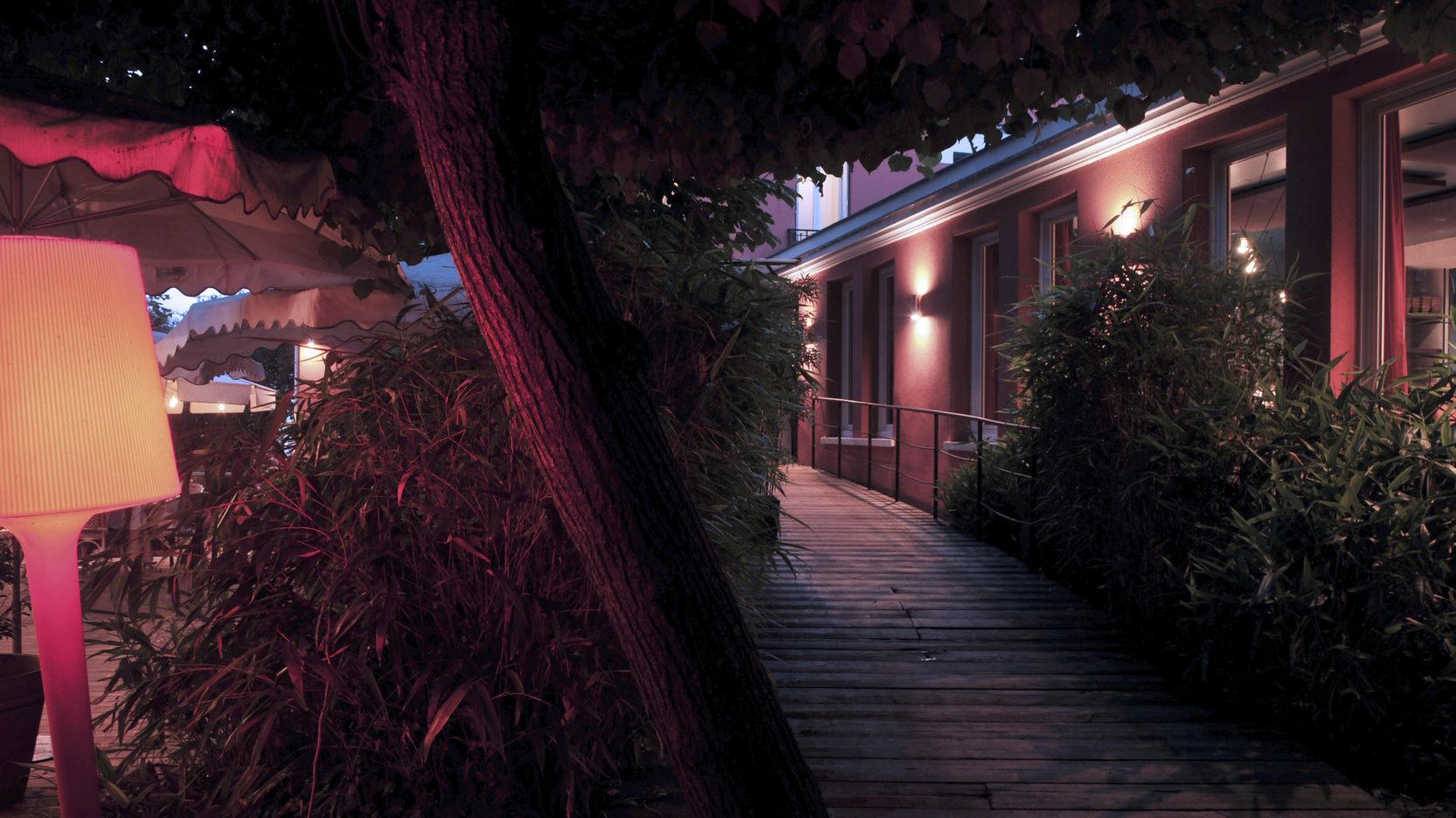 Villa9Trois-Montreuil-Jardin-Terasse Soir205