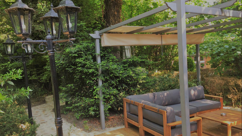 Villa9Trois_Restaurant-Montreuil-Jardin-terrasse-Les Marronniers 2