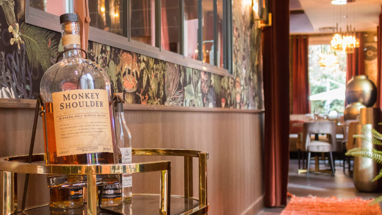 Couloir_2-Villa9Trois-restaurant-montreuil